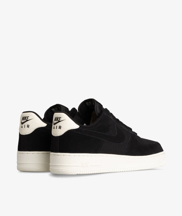 Nike Sportswear - Air Force 1 07 Suede