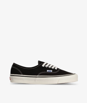 Authentic 44 DX (Anaheim) by Vans - Shop at Streetmachine