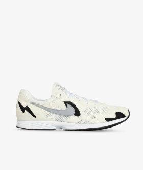 Nike Sportswear - Air Streak Lite
